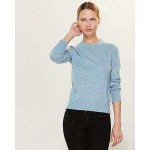 淡蓝色羊绒衫