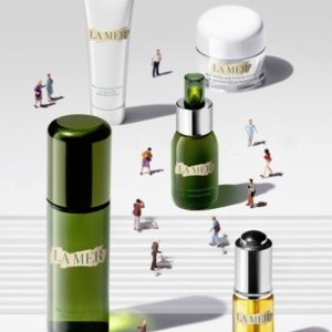 Up to $550 Off La Mer Purchase @ Bergdorf Goodman