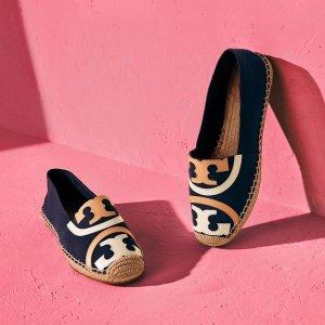 低至5折 封面同款$102Tory Burch 美包美鞋折扣热卖,Fleming链条包$300+