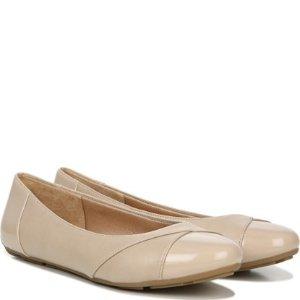 NaturalizerSabrina 芭蕾鞋