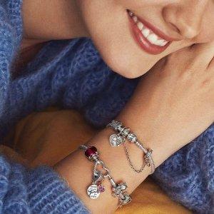 1条手链+2个串珠=£99 变相8折Pandora Moment系列 精美串珠自选搭配 收迪士尼米奇