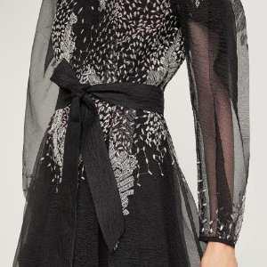 Extra 40% Off + Full Price 30% OffSelected Items @ BCBG