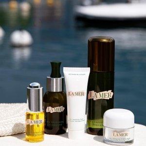 20% OffSitewide Beauty Sale @ Barneys New York