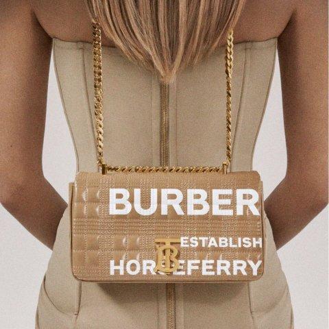 低至4折Burberry 潮流专场  格纹链条包$490,封面同款Lola包$1226