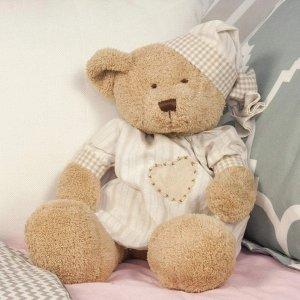 plushible泰迪熊玩偶