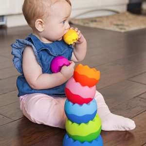 低至$25.72 封面款硕脑叠叠乐降价啦Amazon儿童类超受欢迎玩具特卖 收KidKraft小厨房、Fat Brain Toys叠叠乐、Micro三合一滑板车