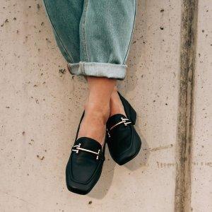 新品一律8折 胡歌同款三瓣鞋$183Clarks官网 新品大促 收爆款芭蕾鞋、乐福鞋 脚感一百分