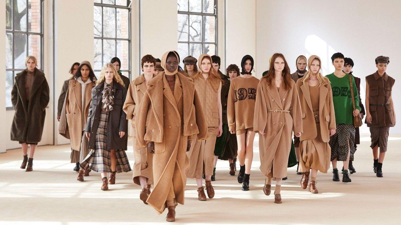 2022时装周 | 四大 Fashion Week 线上观看指南!揭开伦敦,巴黎,纽约,米兰的时尚秘密~