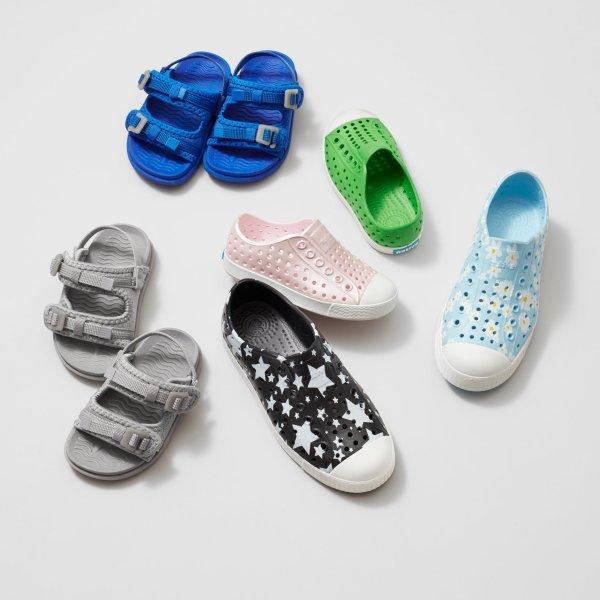 儿童洞洞鞋