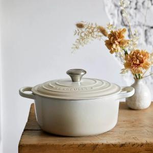 低至6折 迷你炖锅€19.69Le Creuset 酷彩铸铁锅、餐具、杯具上新 收高颜值的珐琅厨具