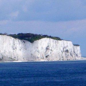 现价£34/人(原价£64)+限时额外8折White Cliffs of Dover  多佛白崖 坎特伯雷教堂一日游