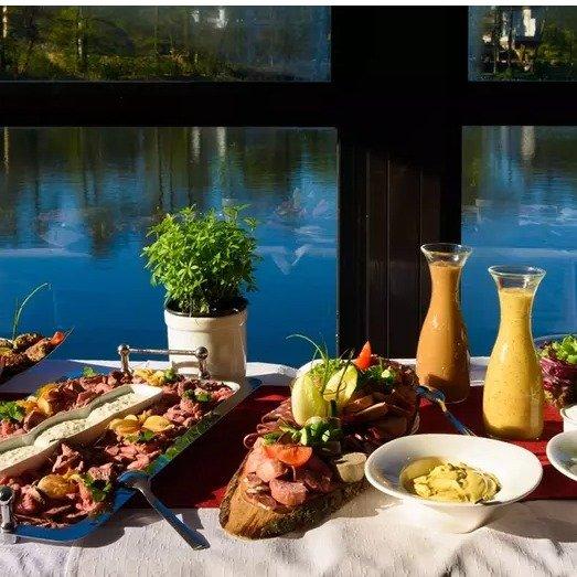 博登湖餐厅 1人份周日无限量早午餐