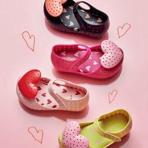 30% Off + Extra 20%AlexandAlexa Mini Melissa Kids Shoes Sale