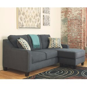 AshleyShayla Sofa Chaise