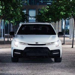 新增Nightshade Edition2020 Toyota Corolla 特别版驾到
