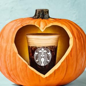 任意饮品买1送1限今天:Starbucks 秋季Happy Hour 南瓜拿铁、蜜苹果咖啡上新