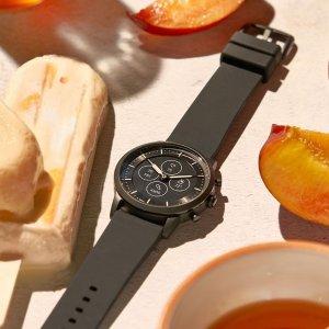 低至5折+免邮 $122.5收圣诞礼物:Fossil 史低价 封面款智能手表 让生活更快捷便利