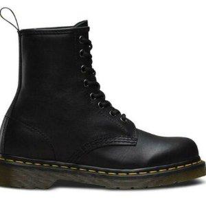 $105(原价$195) 黄金码暂全Dr. Martens 经典八孔系带马丁靴