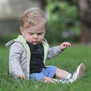 $10 Off $50Baby Shoes Sale @ Robeez