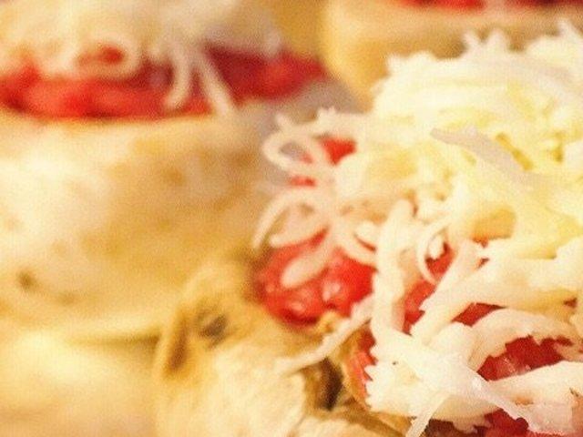 蜜汁溢满唇齿间,芝士肉酿蘑菇