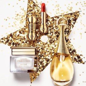 满£100送超值豪礼+免费刻字Dior官网 限定豪礼送不停 收2019最新绝美颜值限量眼唇美妆盘