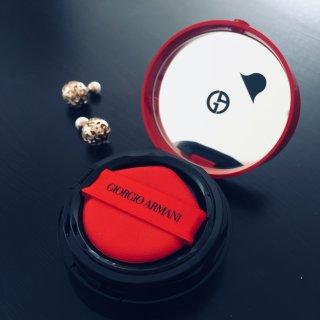 Armani红气垫丨集颜值与功效于一身的气垫