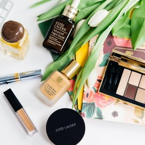 Last Day: Up to 12-piece Free Gift@ Estee Lauder