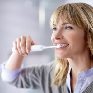 如何维护口腔健康健康生活小百科 - 怎样刷牙才正确?口腔清洁可不止洁牙哟