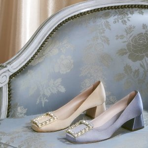 Up to 50% offRoger Vivier Shoes @ THE OUTNET