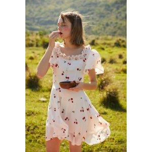 Quaint Official或 买两件 第二件免单CHERI花边领小樱桃连衣裙
