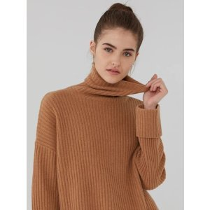 Ribbed Oversized Cashmere Turtleneck