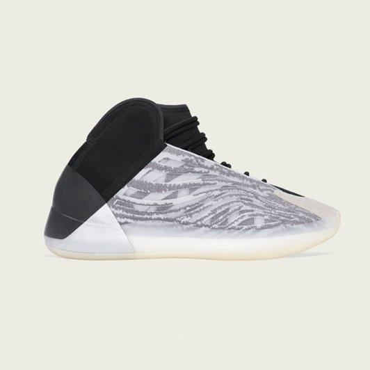 YEEZY QNTM 首发配色篮球鞋补货YEEZY QNTM 首发配色篮球鞋补货