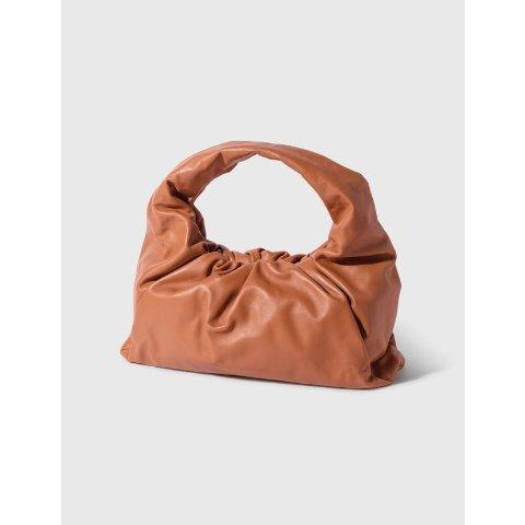 棕色手提包