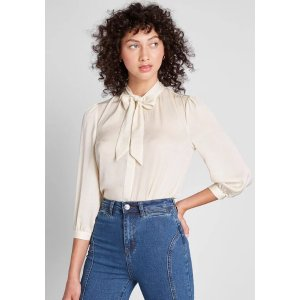 ModClothGet 40% Off when spend $175The HBIC Blouse