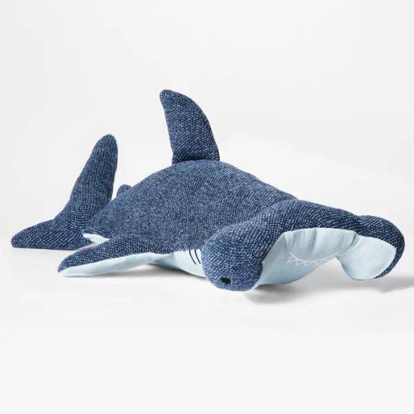 铁头鲨 靠枕玩偶
