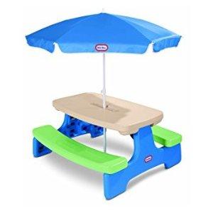有伞餐桌椅