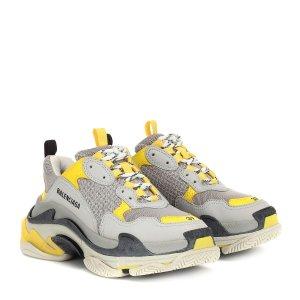 Balenciaga官网定价$975Triple S 老爹鞋