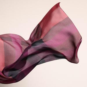 独家$218(原价$390)Burberry 格纹围巾超低价热卖