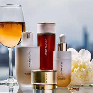 Complimentary Deluxe Gift SetDealmoon Exclusive: Amorepacific Beauty on Sale