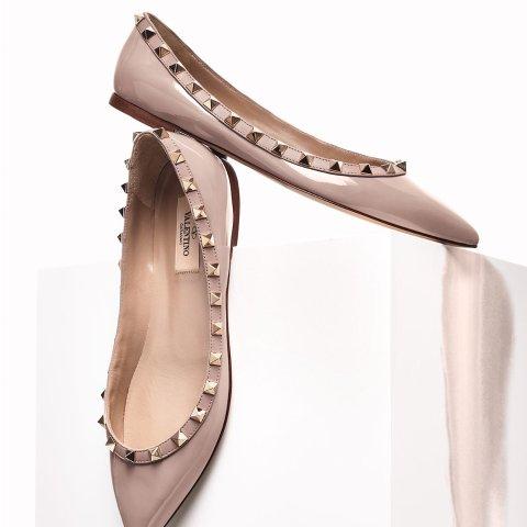 Valentino 时尚专场,封面同款铆钉鞋$490,VLTN T恤$178