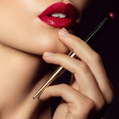 7.5折+包邮  圣诞送女票最佳选择Hourglass 网红烟管口红套装超值折扣入 30只口红一次买个爽
