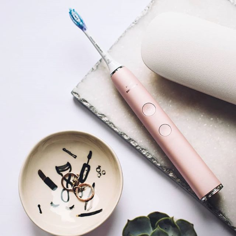 低至5.7折+额外5.7折Philips 2019版钻石牙刷热促 收千颂伊同款女神樱花粉