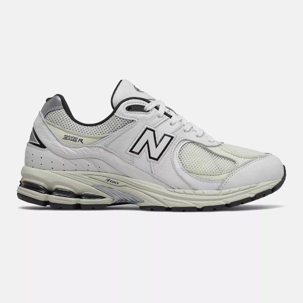 2002R 复古运动鞋