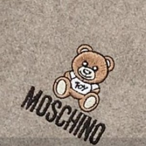 Up to 68% OffCentury 21 MOSCHINO Wool Scarf