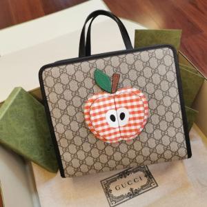 再不抢就没了 封面苹果包 补货啦Gucci 官网超多童包上新啦 萌萌的小可爱 性价比简直绝啦
