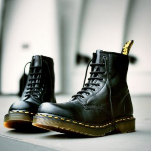 Extra 30% OffDr. Martens Boots @ Lord & Taylor