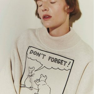 T恤$445起Loewe x Joe Brainard 艺术家系列发售
