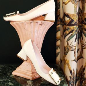 至高送$600 入经典钻扣延长一天:Roger Vivier 女士鞋履热卖 7.7折入超美钻扣芭蕾鞋