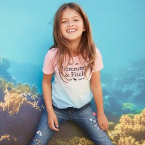 T恤$6.96 起最后一天:abercrombie kids 精选儿童服饰7折+2倍积分,会员专享