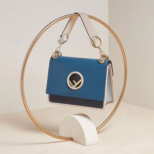 Up to 70% offWomen's  Bag @ FORZIERI
